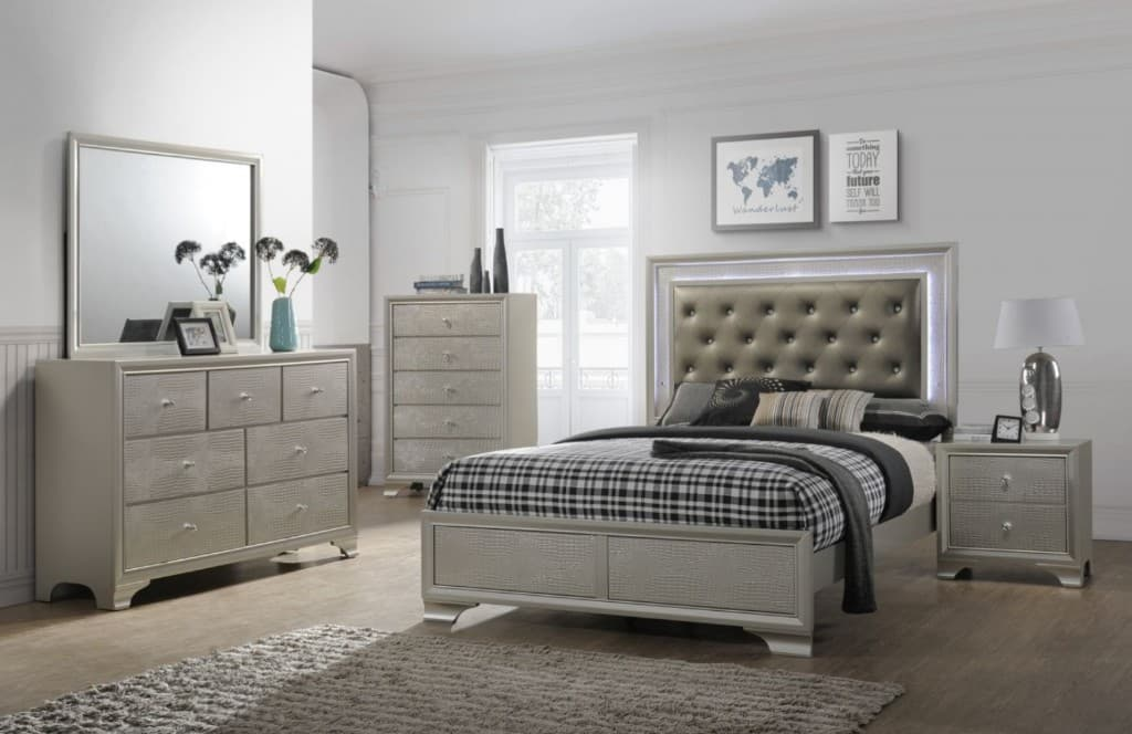 B4300 L.E.D. Silver Light Up Bedroom Set