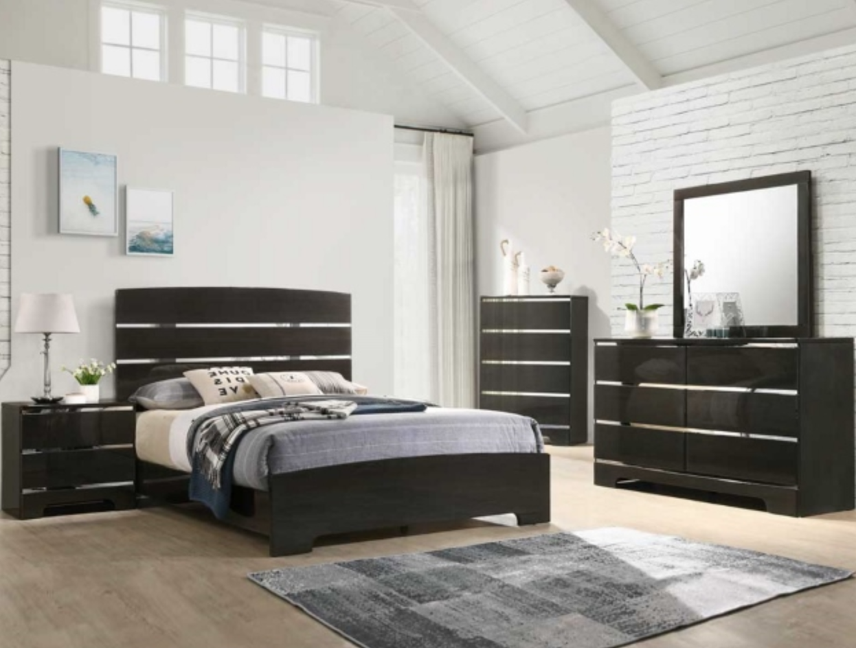 B4830 Black Glossy Mirror Accent Bedroom Set