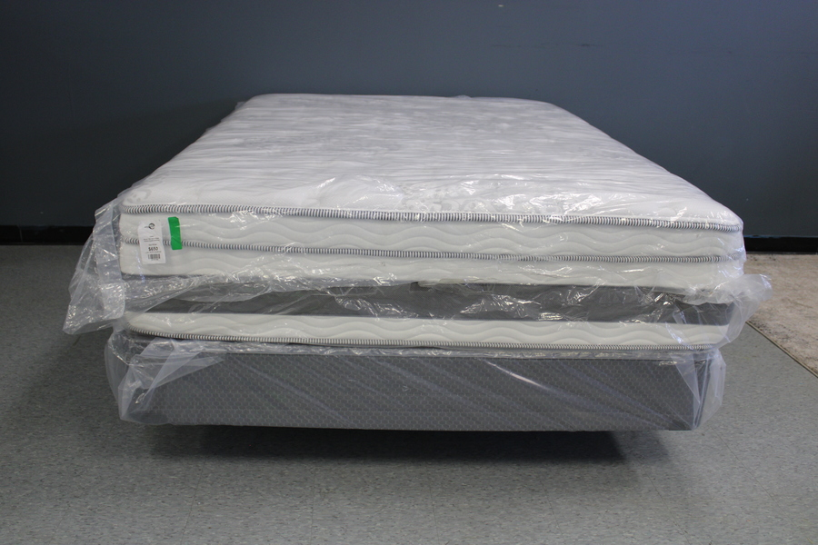 14 Latex Gel-Infused Hybrid Queen Mattress