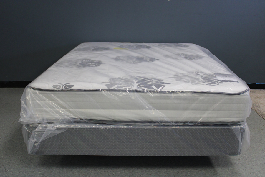 Hotel Resort Two-Sided Queen Mattress
